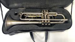 Walton, B-Trompete   Brushed silver Student Modell